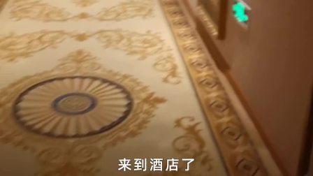 近距离采访刘德华:58岁拍戏穿80斤防爆服,他活该红一辈子!