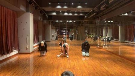 全能艺人赖美云《木偶舞》练习室