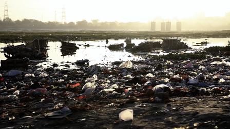印度恒河牌矿泉水,已经在全世界出售了?看看恒河水到底有多脏!