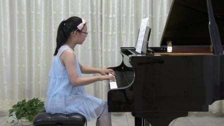 刘芷萱同学弹奏《可可托海的牧羊人》