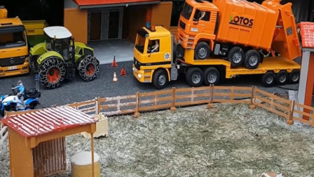 拖车运输货车消防车给飞机灭火 趣味益智玩具