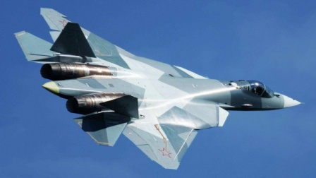 F35被超越?新型隐身战机曝光,与FC31很相像,白宫已急疯