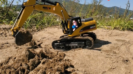 亲子益智玩具 乔治户外表演开挖掘机