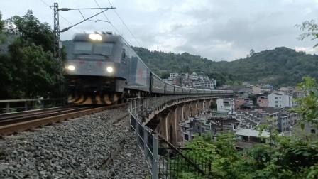 K403/6次(重庆西——厦门北)通过沪昆线桥-1227
