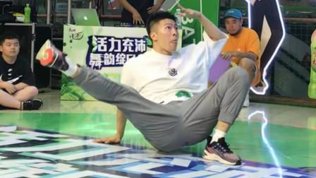 更多BBOY!超搞笑的颜艺Freestyle比赛 康师傅绿茶秦皇岛站 又是在世纪港湾