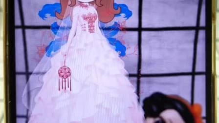 #换装公主日记 贝儿不仅霸占了白雪的衣服,还把白雪踩在了脚底下