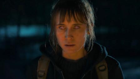 2021最新恐怖新作《血色天劫》万米高空,吸血鬼大战劫机匪徒!