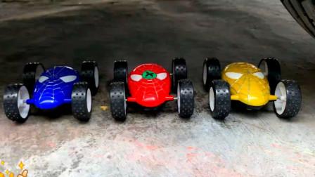把玩具小车、饼干等放在车轮下碾压,看着好解压 (1)