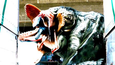 科学家将有害物倒入下水道,导致江里的鱼跑上陆地,变成了怪物!