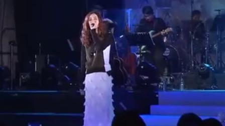 当年火爆全国的歌手,如今却无人问津,歌声响起全是回忆!