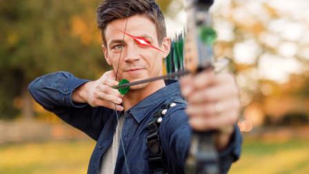 闪电侠:绿箭侠偷袭我的那一箭,终于能报仇了!