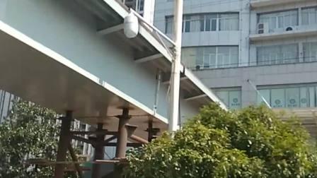 2021,7,28,15:08娄底电视台人行天桥