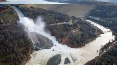 临沂龙门水库坝体中断坍塌,附近3个村已全部转移到安置点