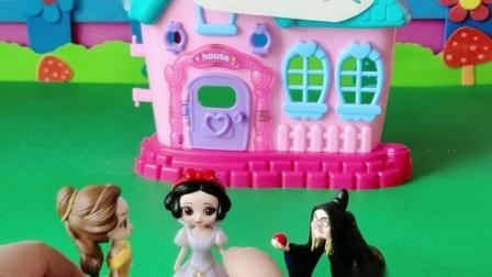 益智玩具:白雪跟贝儿的母后去世了