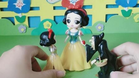 益智玩具:小雪儿非常开心