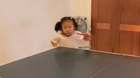 5岁女孩边哭边打乒乓球曾得第一,球技令网友惊叹