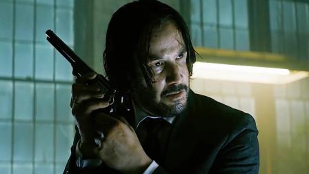 为了拍部电影,硬生生把自己练成杀手的男人,换弹太真实了