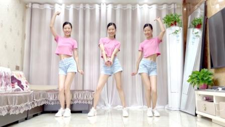 精选广场舞《也只是怕错过》网红摆胯舞蹈
