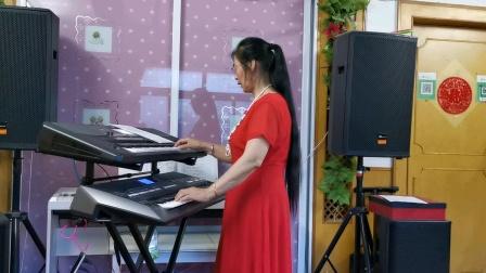 《父亲的草原母亲的河》双电孑琴演奏2021.8.4.🌴🌴🌴🌴🌴🌴