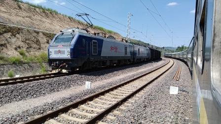 HXD2货列大寨岭站3道开车