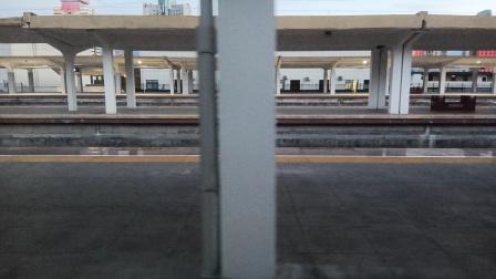 T308/5次(乌鲁木齐——福州)宝鸡站7道开车