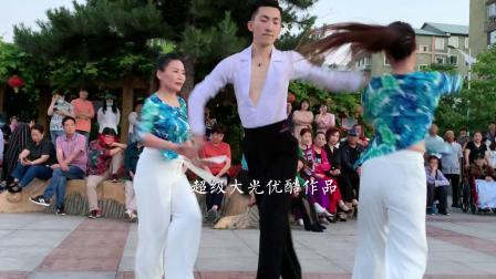 以舞会友,唐山姐妹千里迢迢来到本溪和果果共舞,太美了!