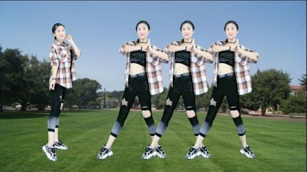 动感广场舞《七夕的红月亮》歌醉舞美, 流行时尚适合大众!