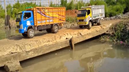 趣味益智创意玩具 彩色自卸卡车运输泥块