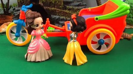 趣味童年:有要坐白雪的车的吗