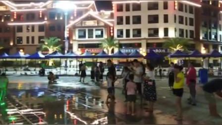 广西上林县城夜景虽然没有大城市辉煌,却也有几分璀灿