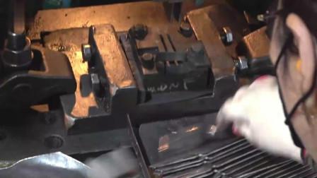 走进工厂实拍韩国人怎么做叉子的,原来要这么多工序