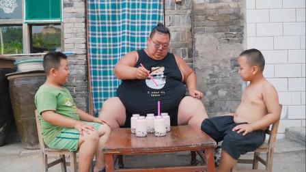 400斤小胖做农村版珍珠奶茶,2个儿子喜欢极了,喝到停不下来