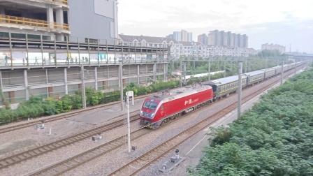 0K287次(上海南——南昌)莘庄站2道通过,去上海南方向