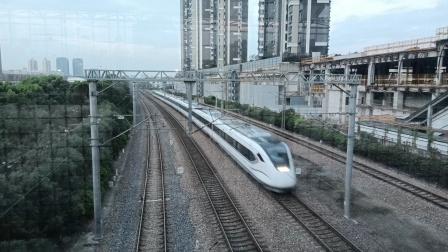 S1629次(上海南——金山卫)莘庄站1道通过