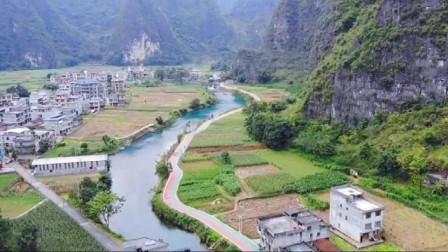 广西都安的大山里隐藏着一条美丽的小河让人误以为是世外桃源