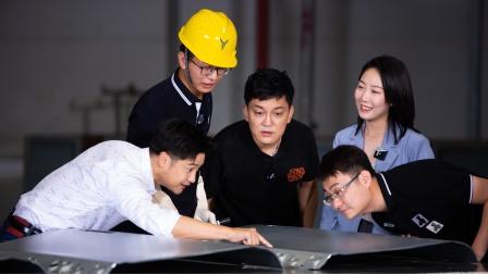 解密五大车间 探秘岚图世界级4.0数字工厂