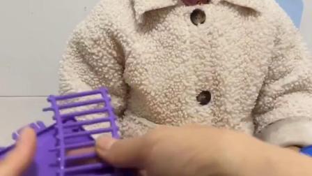 孩子动手组装玩具