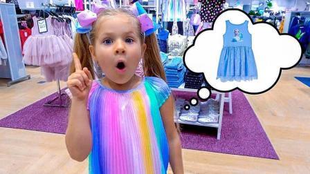 """小女孩体验了一把""""模特""""的感觉,老爸为她挑选了这样的小礼服"""