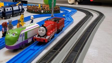 趣味益智玩具 托马斯轨道小火车玩具模拟行使