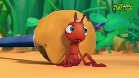 小蚂蚁寻找食物竟可以搬起比自己还重的物体