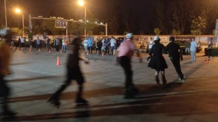 20210828天津市侯台体育广场动感轮滑欣赏(32)