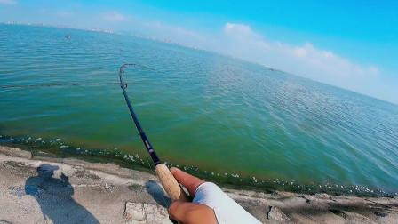 有鱼追咬却不上钩是怎么回事?这鱼嘴小,换个小饵就连竿了