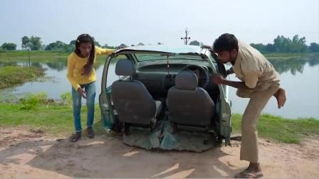 父母把女儿送上车,没想到司机一发动车没了