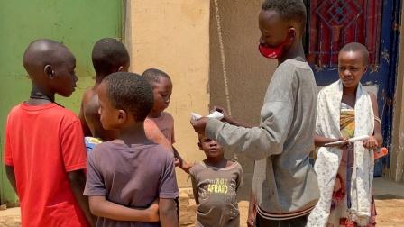 来非洲当土豪,偶遇小老板,清空花生桶