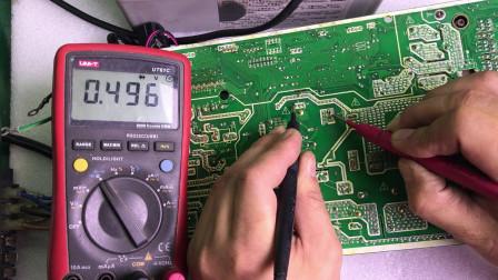 美的空调E1故障。修好了又报P4