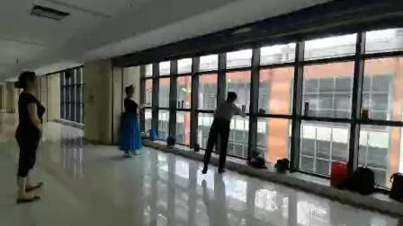 舞蹈花开半夏练习