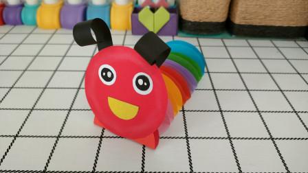 圆形纸片做成的彩色毛毛虫,非常可爱,幼儿园小朋友记得收藏