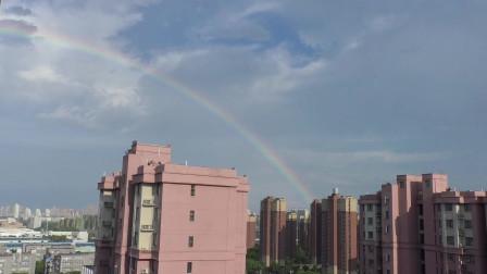 雨后彩虹,精彩每时存在