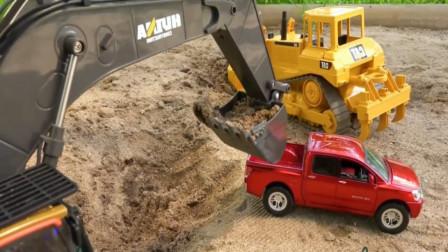 儿童益智玩具车;救护车救援伤患, 挖掘机挖出坑里的皮卡车。