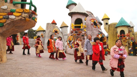 """四川""""矮人村"""",村民身高80厘米,为何他们长不高?"""